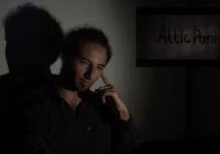 Luz Câmera Reação! – Attic Panic